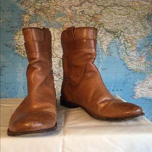 Frye ankle boots flat tan